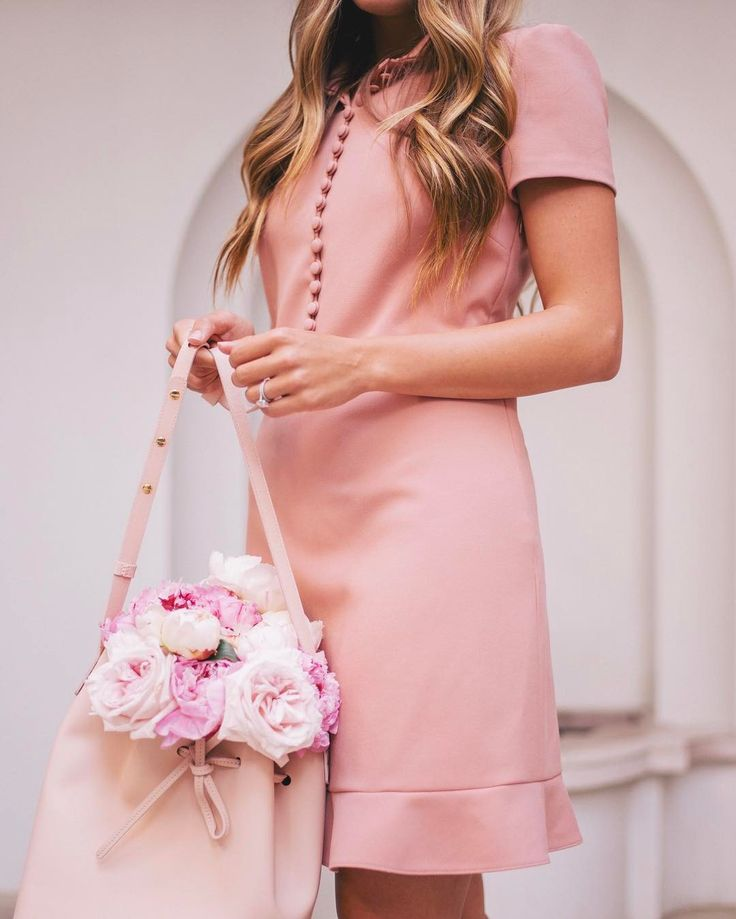 "20.1k Likes, 243 Comments - Julia Engel (Gal Meets Glam) (@juliahengel) on Instagram: ""Valentine's Day look from last week #pink #redvalentino #peonies #mansurgavriel #springstyle"""