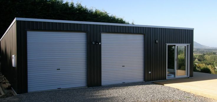 double-flat-roof-garage-with-sleepout