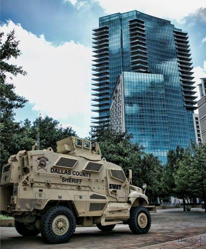 Dallas County Sheriff, Texas... photo by G. Pollock