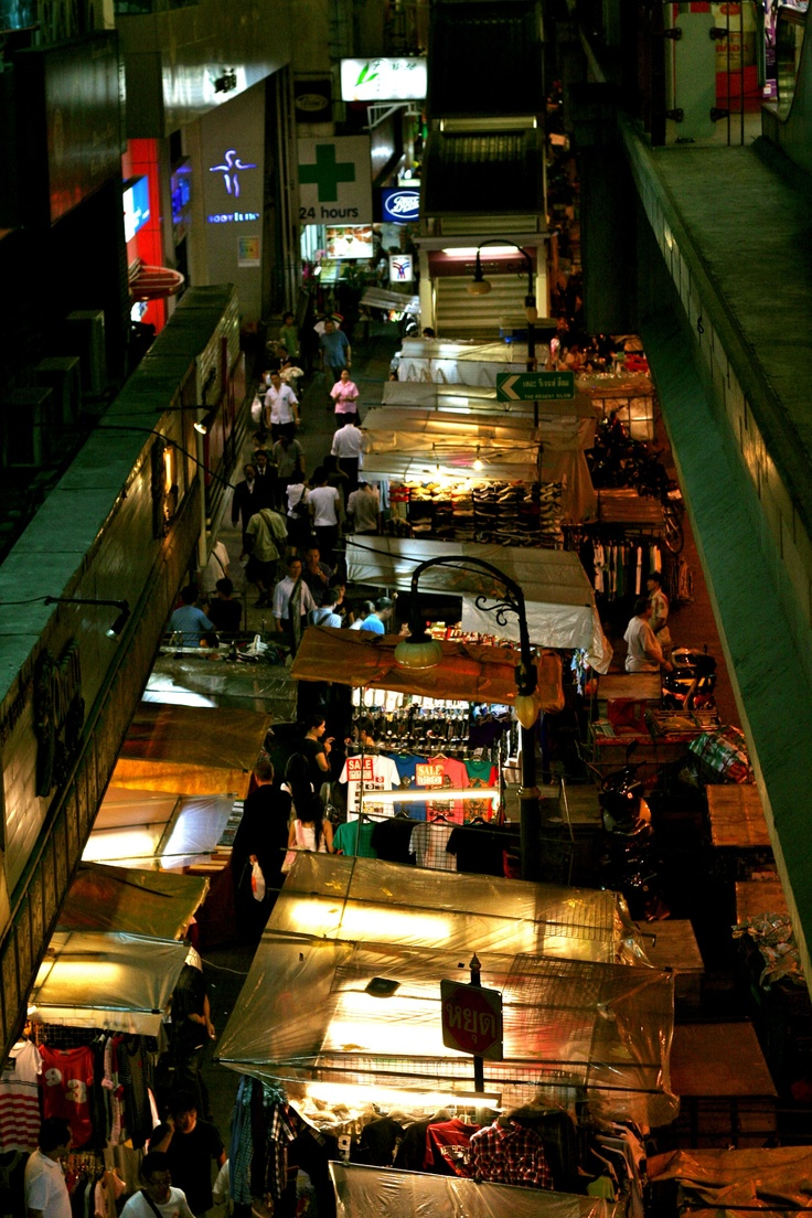 Night time Bangkok ...