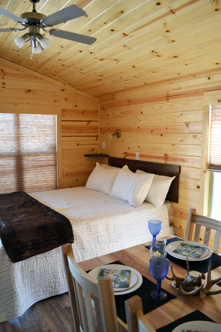 A Cabana #Cabin is a comfortable way to spend a weekend away for a family of 4  #KOA #Camping #Glamping #CampingInCanada #TWKOA