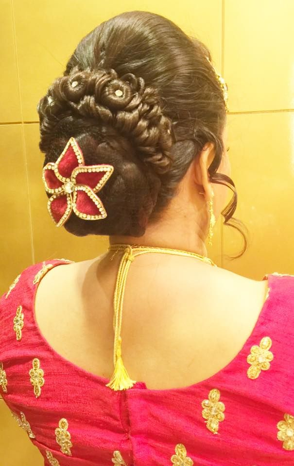wedding hair buns indian style 40 best images about thai wedding on 9014
