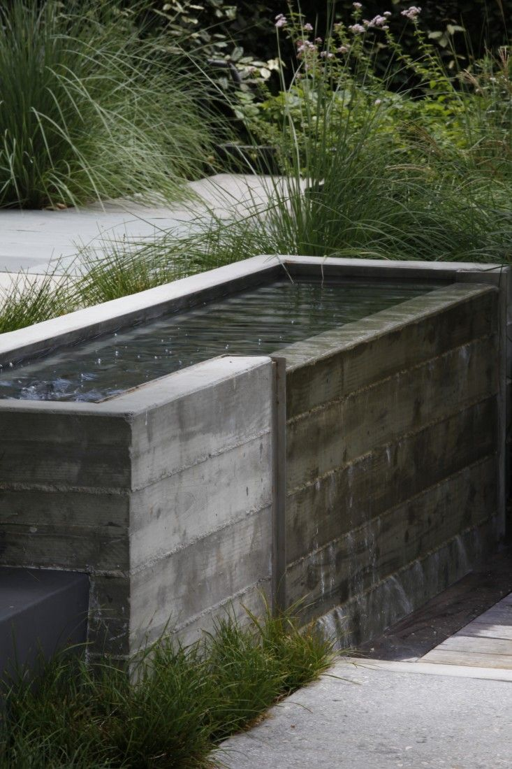 Best 25 Concrete Fountains Ideas On Pinterest Stone Garden Fountains Recycled Tires And Diy