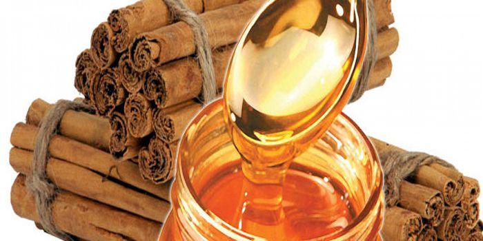 Een mengsel van honing en kaneel zou de meeste ziekten kunnen genezen. Hiervan zijn ook sommige wetenschappers stilaan overtuigd. Honing is namelijk een natuurlijk antibioticum dat door de wetensch…