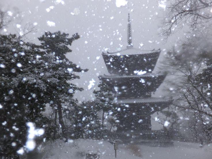 三重塔で遭遇した吹雪!