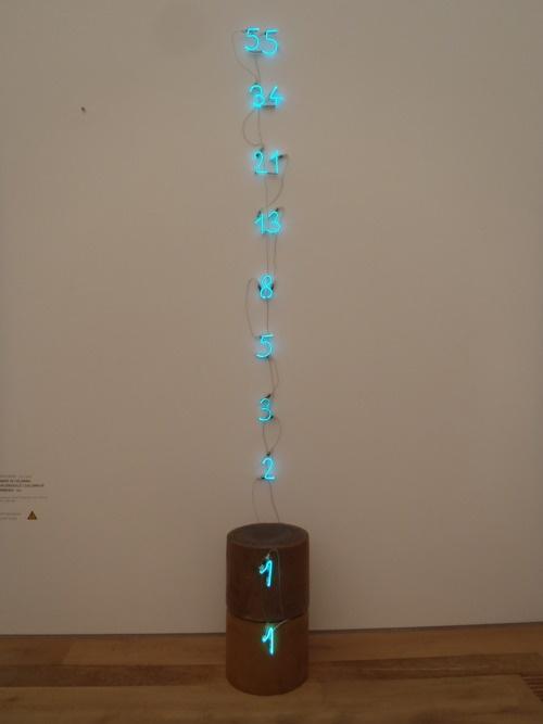 Mario Merz - Numeri en Colonna  Munich, Germany