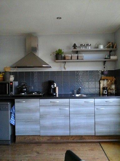 Eigen keuken ontwerpt!  #verven#plakfolie#stijgerplanken