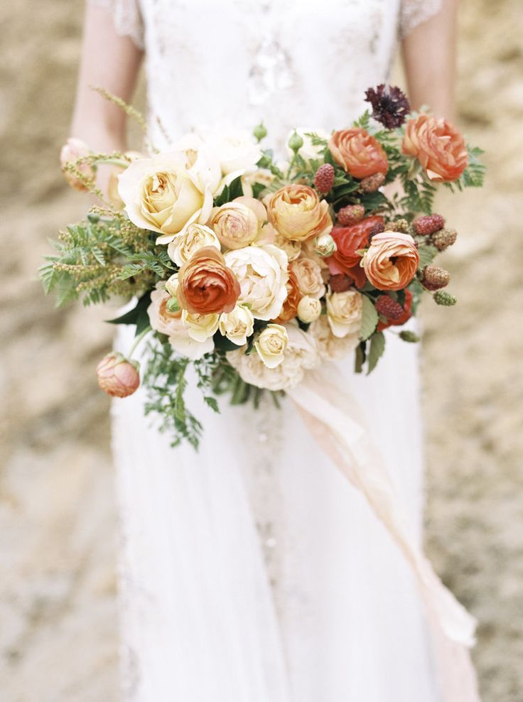 Image by Taralynn Lawton/ Florals by Wilder Floral Co.©