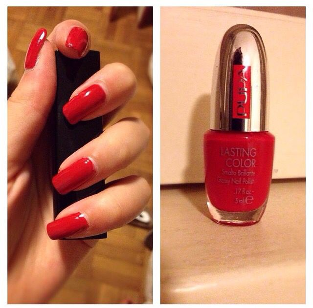Red is the new black   Nails passion