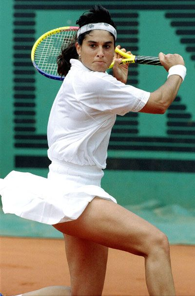 "Gabriela Sabatini..this is who I pretended to be ""in my mind"" when I played high school tennis...ha!  Love her!"