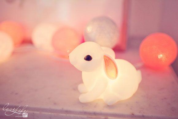 La jolie chambre bébé de Zoé - rose, pink, baby room, chambre bébé, déco, lapin veilleuse, bunny