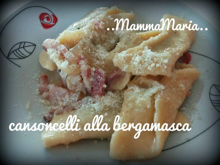 I casoncelli alla bergamasca sono un piatto tipico delle valli orobiche: ravioli di pasta all'uovo con un ripievo molto gustoso. Provare per credere