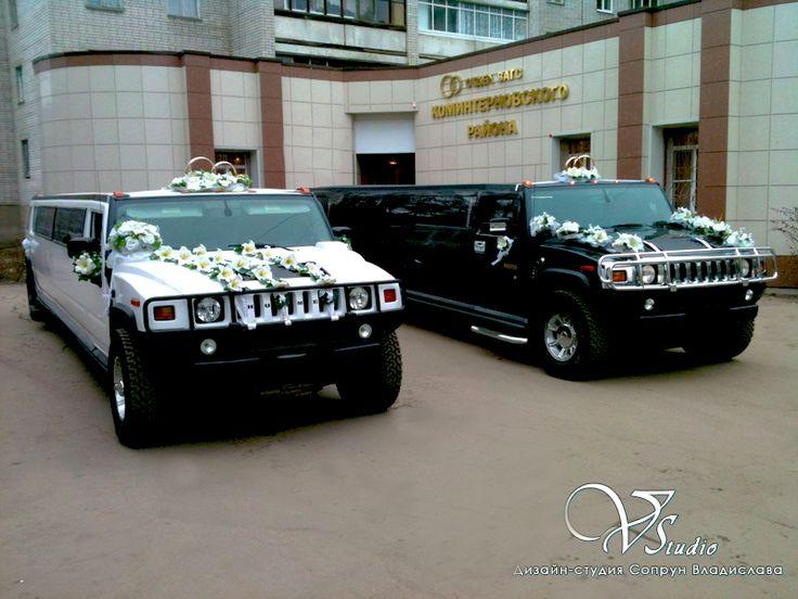 Свадебные автомобили. Встретились у ЗАГСа Жених и Невеста. #свадьбы #автомобили #прокатавто #украшениеавто #soprunstudio