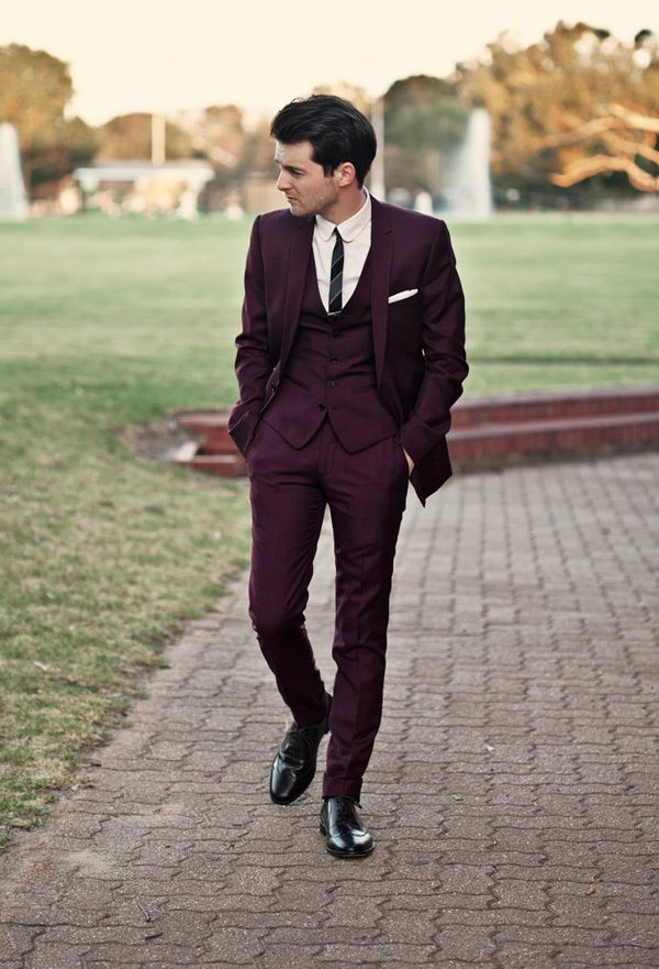 This is my favorite color, and I strongly believe more men should wear dark but non-neutral suits like this.