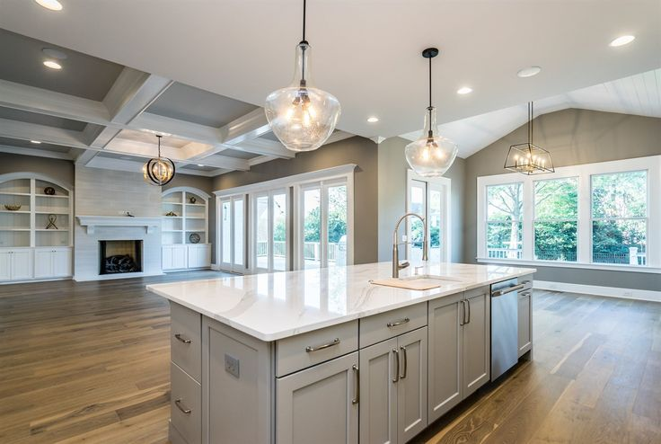 Are you ready to discover the latest kitchen and bath design trends? Check out this article to find out not only the color selection trends for 2017, but also lighting and plumbing, flooring and countertops as well...
