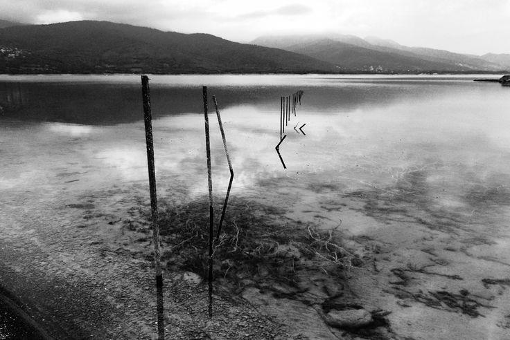 Plastira lake - Karditsa - Greece  photo: George Tzaninis