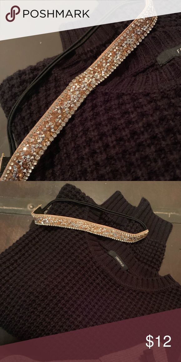 Shine bright like a Diamond Rose and diamond colored headband. This piece is feminine and trendy. Perfect for a date night with your hair down or even...