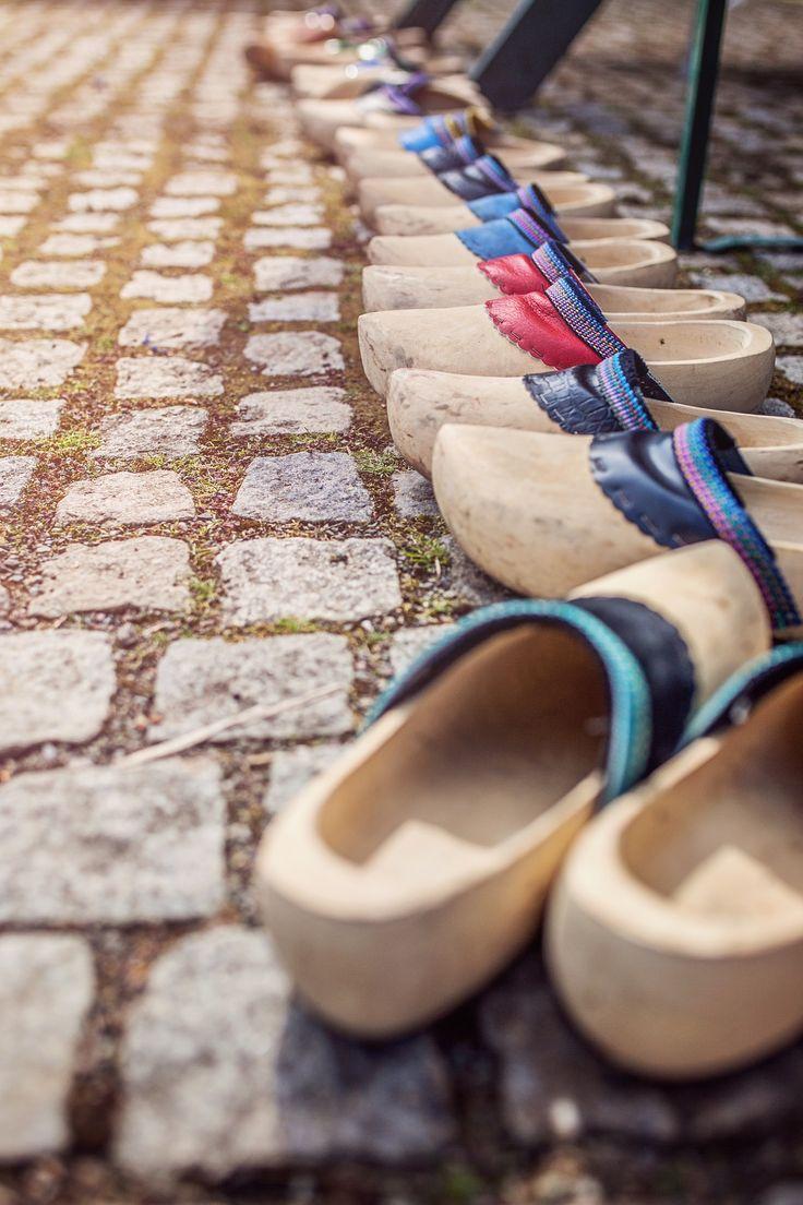 3 asombrosos organizadores para zapatos - CalzaArte http://calzaarte.com/3-asombrosos-organizadores-para-zapatos