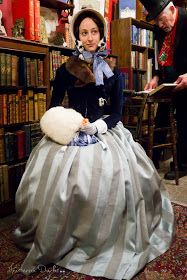 American Duchess: V322: Another Day at Dickens Christmas Fair, San Francisco, mink collar, rabbit fur muff, reticule