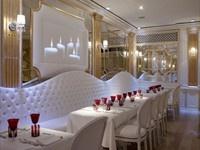 Marco V. Sanseverino  Club Design - Cafè Real - Disco restaurant - Milano, Italia - 2006