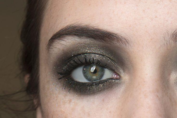 Beauty trendy z přehlídek | Ellie Saab/IMAXTree | Marianne