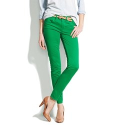 Love! The colored skinny jeans... Hopefully can wear them after baby comes !!!!