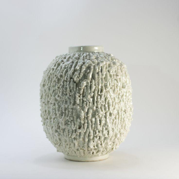 Chamotte stoneware vase by Gunnar Nylund | Nordlings Antik
