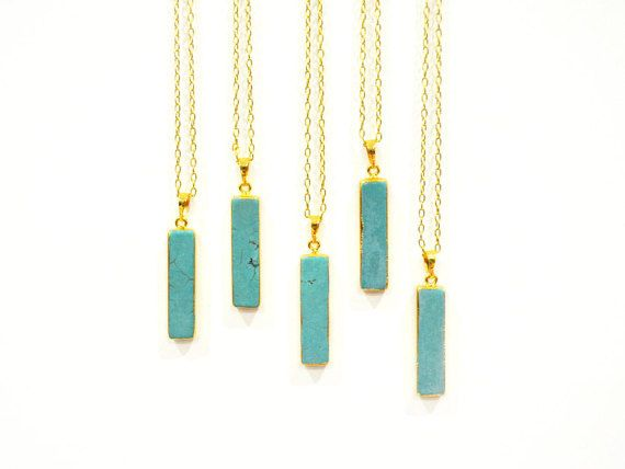 An elegant turquoise howlite necklace for any gorgeous gal! Each pendant is special and unique in its colour and markings, and hangs from a 14k