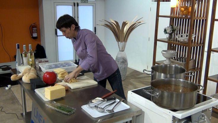 Vídeo de Elisabeth Julienne en el Show Cooking celebrado en Sant Lluis.