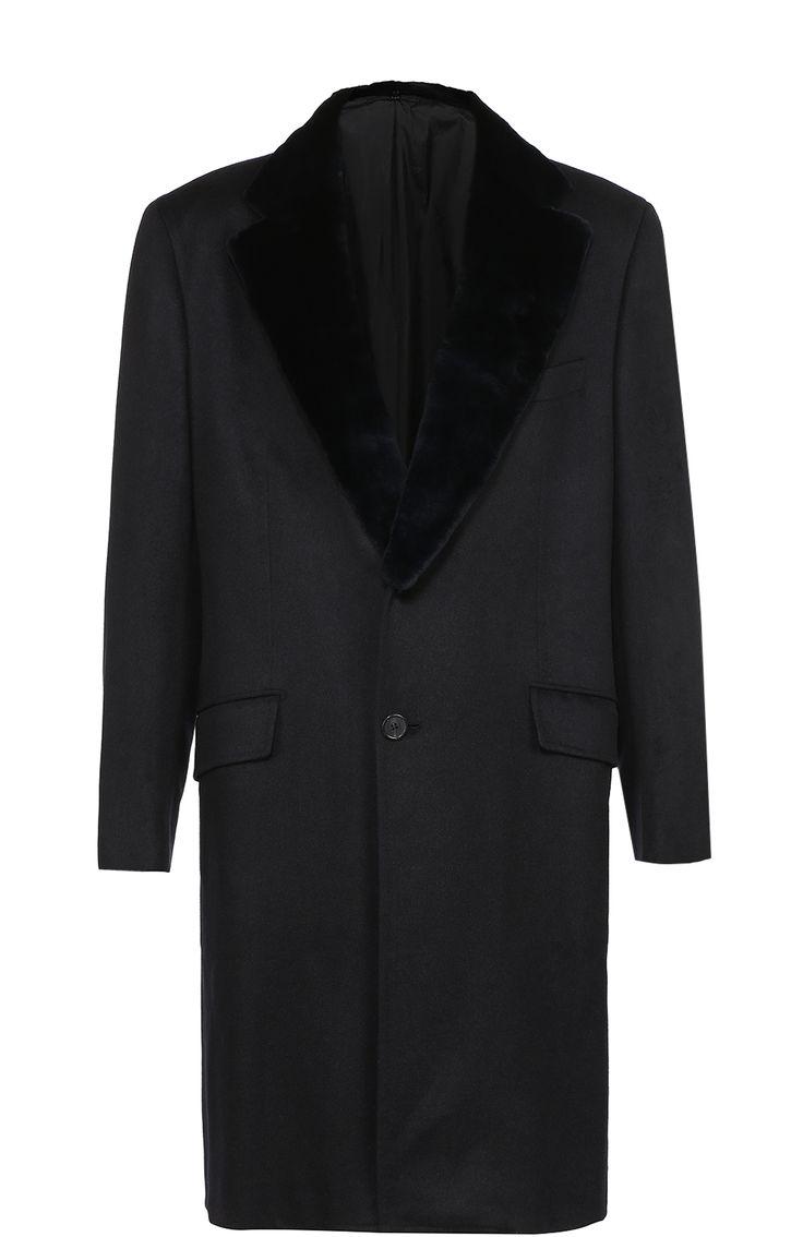Brioni Однобортное пальто из смеси шерсти и кашемира с меховой отделкой воротника 799500 RUB = 12400 EUR. Темно-синее пальто с широким воротником из меха норки вошло в коллекцию сезона осень-зима 2016 года. Для изготовления однобортной модели использована мягкая ткань из кашемира и шерсти шиншиллы. Линия талии слегка завышена, что делает образ более выверенным.