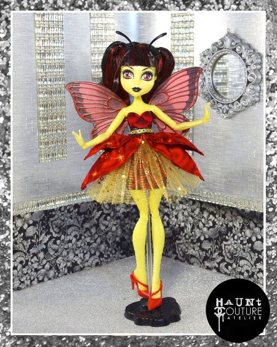 Monster Doll Winged Beauty high fashion by HauntCoutureAtelier