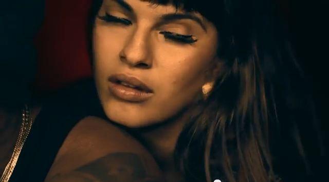 Melymel ft. Vakero – Ella No Se Enamora (VIDEO ESTRENO)