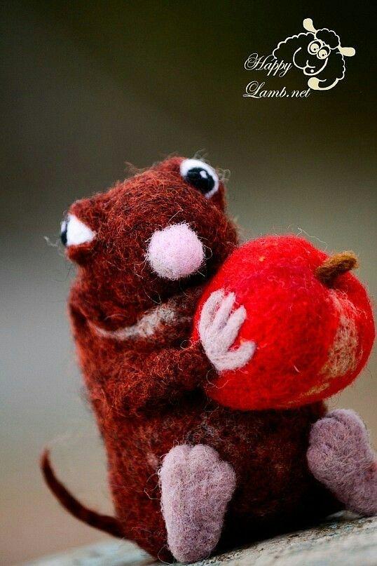 Mon pleasir моя прелесть крыса яблоко