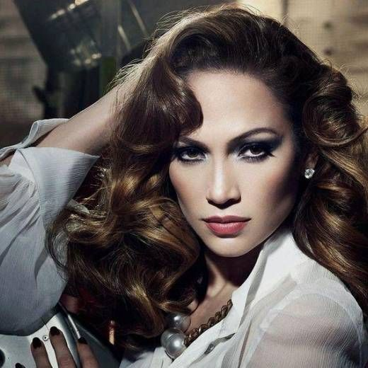 Jennifer Lopez is ranked 9 out of 1,090,284 in People