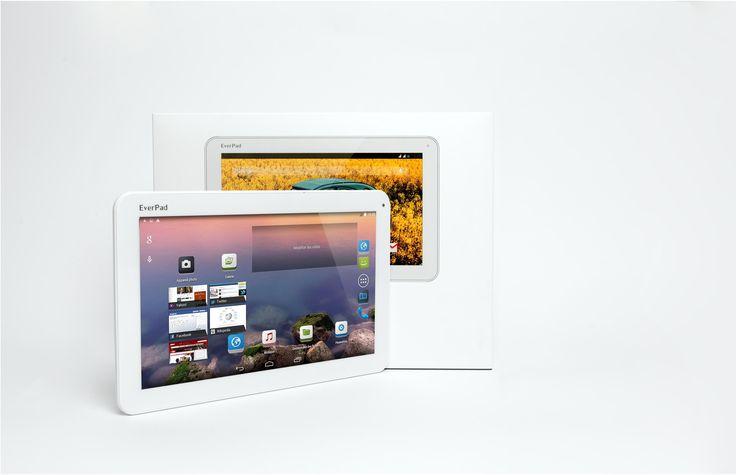 Ultra complet le nouvel EverPad 10'' saura vous surprendre : ses lignes épurées, son grand écran IPS, ses deux couleurs gris titane et gris metal, sa finition hors normes, ses fonctionnalités surprenante gràce à Android,  c'est le moment ou jamais de passer au plus grand, au plus surprenant des EverPad : l'EverPad 10'' E1014!