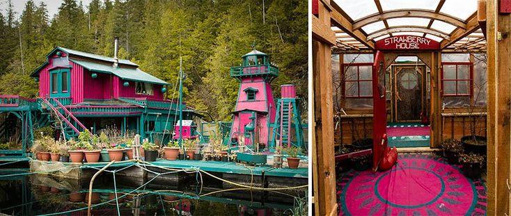 sustainable-  Zamilovaný pár si postavil za 20 rokov svoje vlastné plávajúce mesto home-off-the-grid-freedom-cove-wayne-adams-catherine-king-3