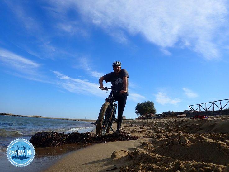 E Fat Bikes in Griekenland - Kreta:Fatbike vakantie op Kreta: Kreta heeft veel mogelijkheden om te fietsen in de zomer- en wintervakantie. We kunnen u een aantal soorten fietsvakantie op Kreta aanbieden. Uiteraard zijn er de normale geasfalteerde wegen, maar om het echte Kreta te ontdekken, zijn de off-road wegen veel leuker. Zo kunt u