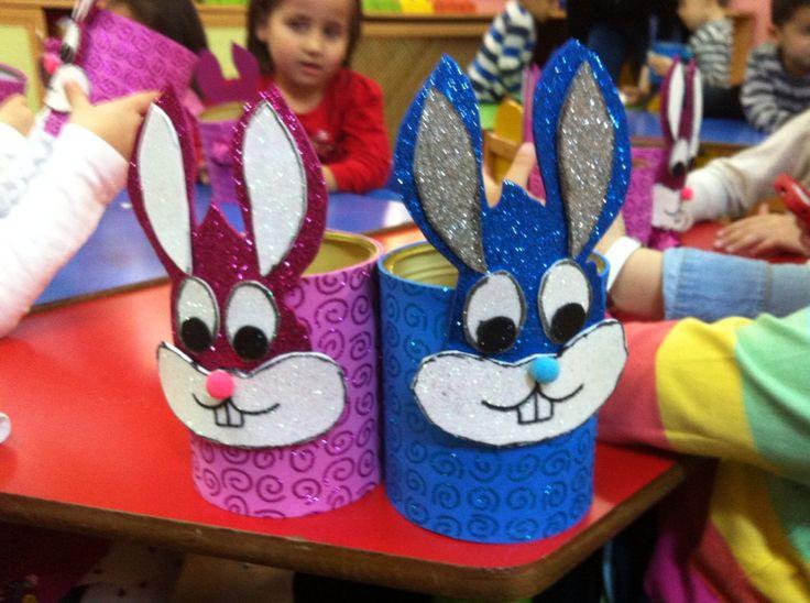 konserve kutularından tavşan