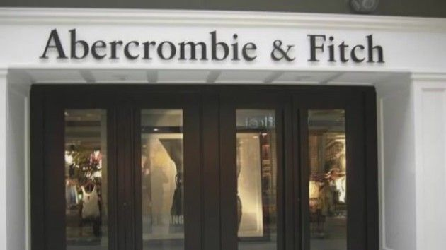 Guy Gives Abercrombie & Fitch Clothes to Homeless, Sticks it to CEO