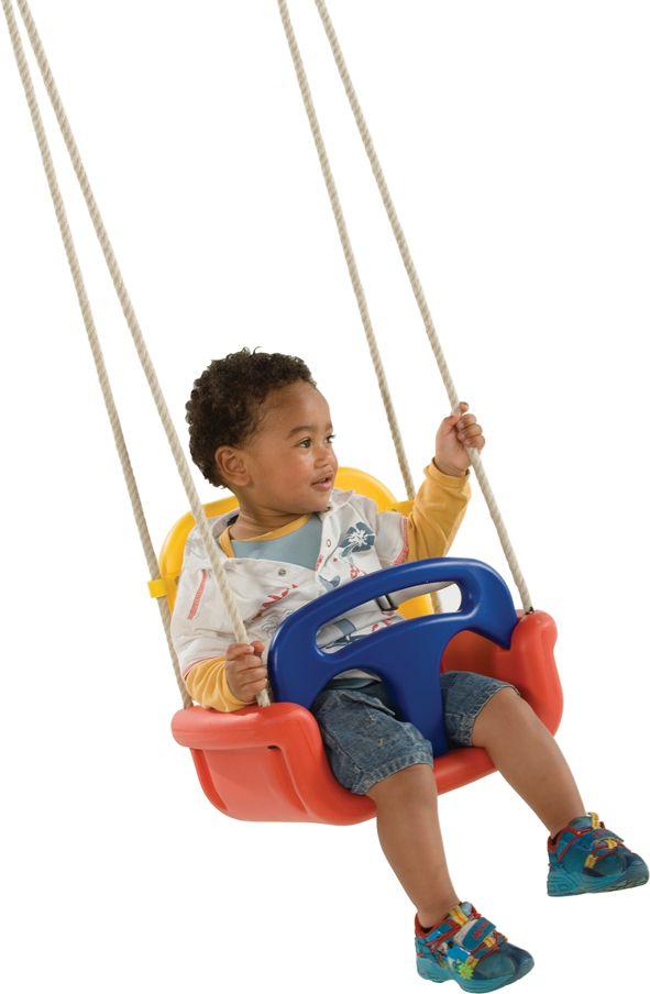 Heb je een kindje die nog niet alleen kan schommelen? Hier de ideale schommel! #kinderschommel # speeltoestellen #blokhutvillage