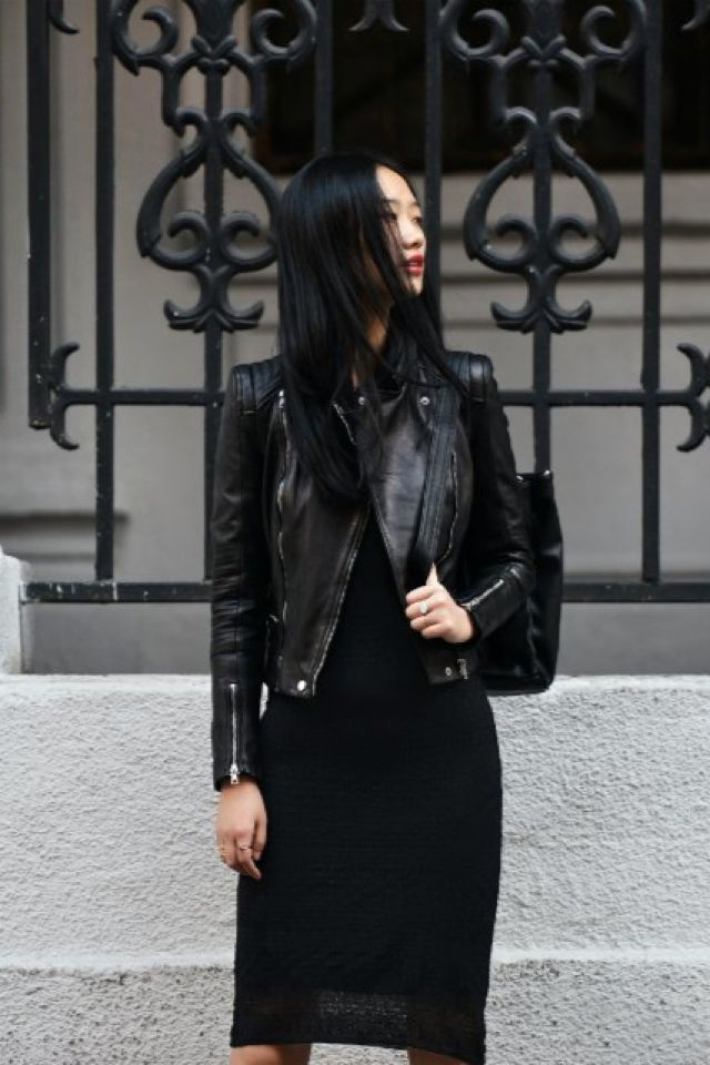 minimal and chic in all black @codeplusform