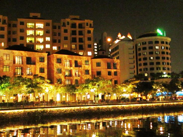 one night, passed a riverside when me and friends were looking for dinner. Singapore, 150613