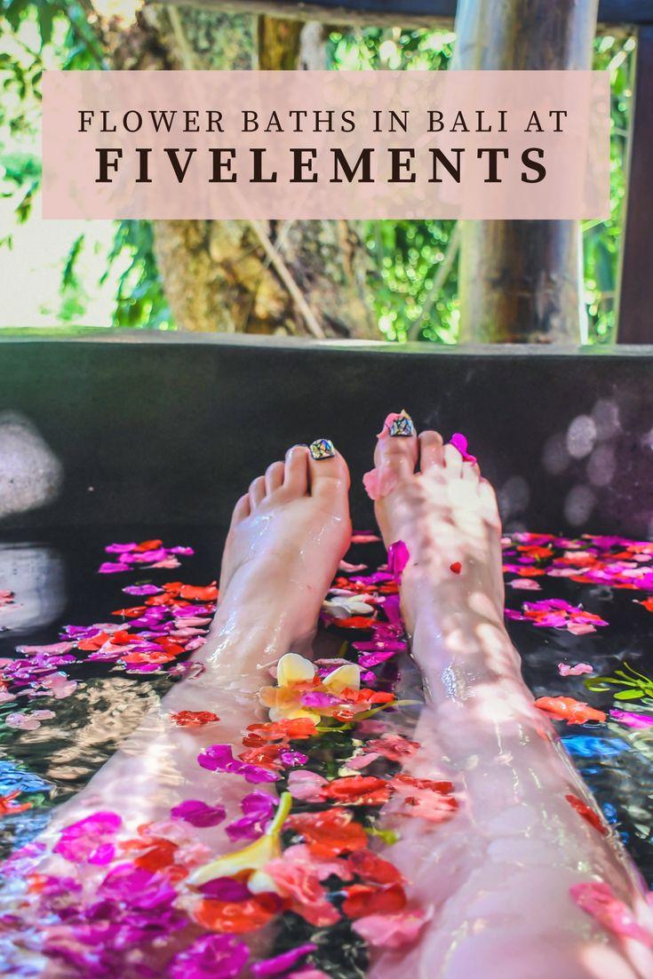 Fivelements - Balinese Flower Baths in Ubud http://lindagoeseast.com/2017/08/14/fivelements-balinese-flower-baths-in-ubud/