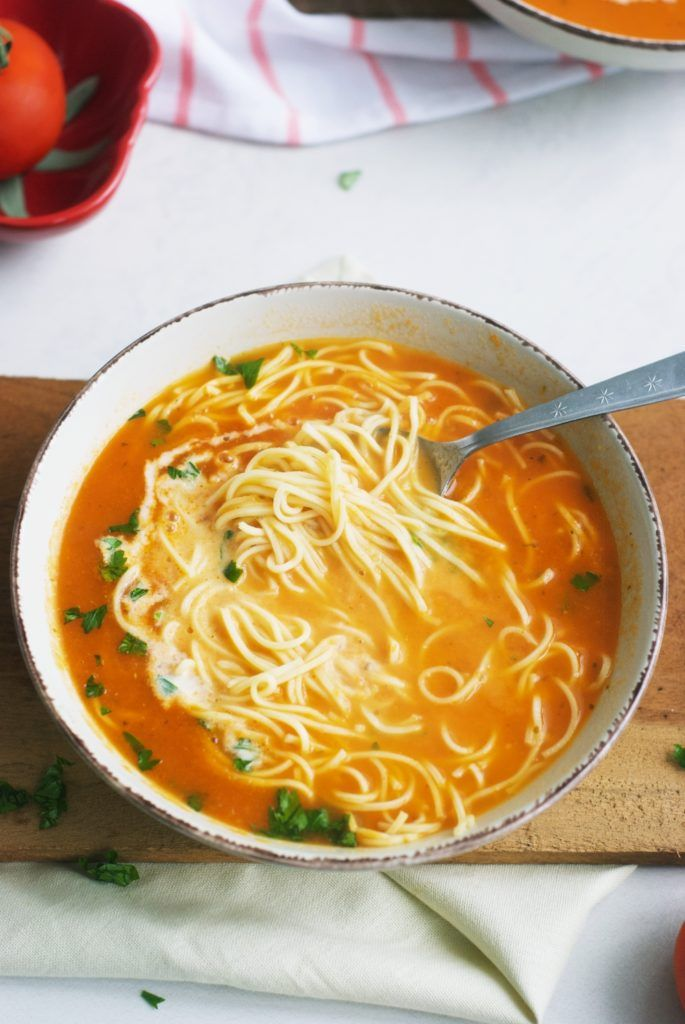 The best tomato soup! You're going to love this classic Polish recipe for Fr…