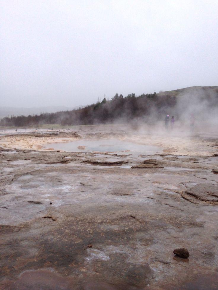 Spectacular geysers
