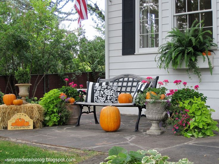 fall yard decorations sadly the squirrels make an ugly mess of pumpkins in no time outdoor halloween - Simple Outdoor Halloween Decorations