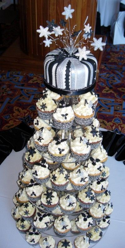 black silver and white wedding cakes 25 best black silver gold cake images on 11877