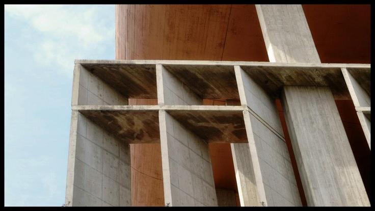 arquitectura + historia: Delicia Cordobesa: Escuela Superior de Comercio Manuel Belgrano, 1960-1971