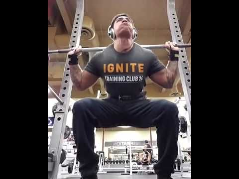 Powerlifting Gear for Beginner to Advanced Lifters - STRONG FIT LIVING