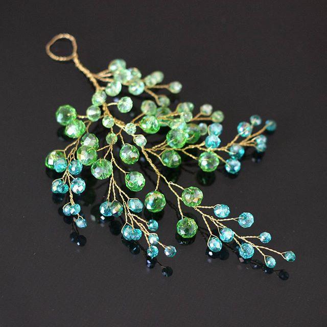 Зелёный листик в прическу Украшение размером с ладошку. Очень милое и…